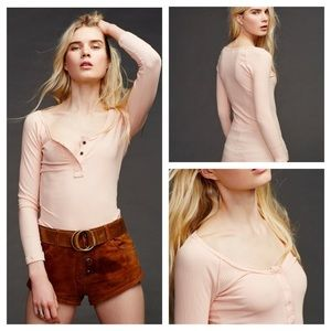 Free people jill peach ribbed Henley shirt comfy